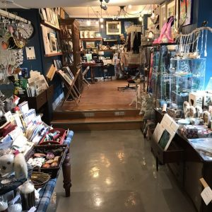 Gift Shop6-min